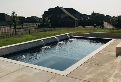 Geometric Pool with level spa and sheer descents