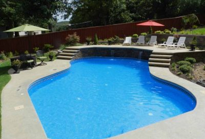 Geometric Pool with Raised Wall Deck