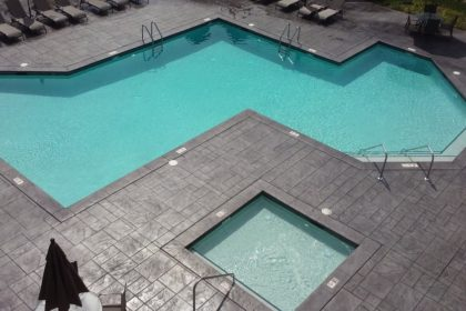 Commercial Pool 1