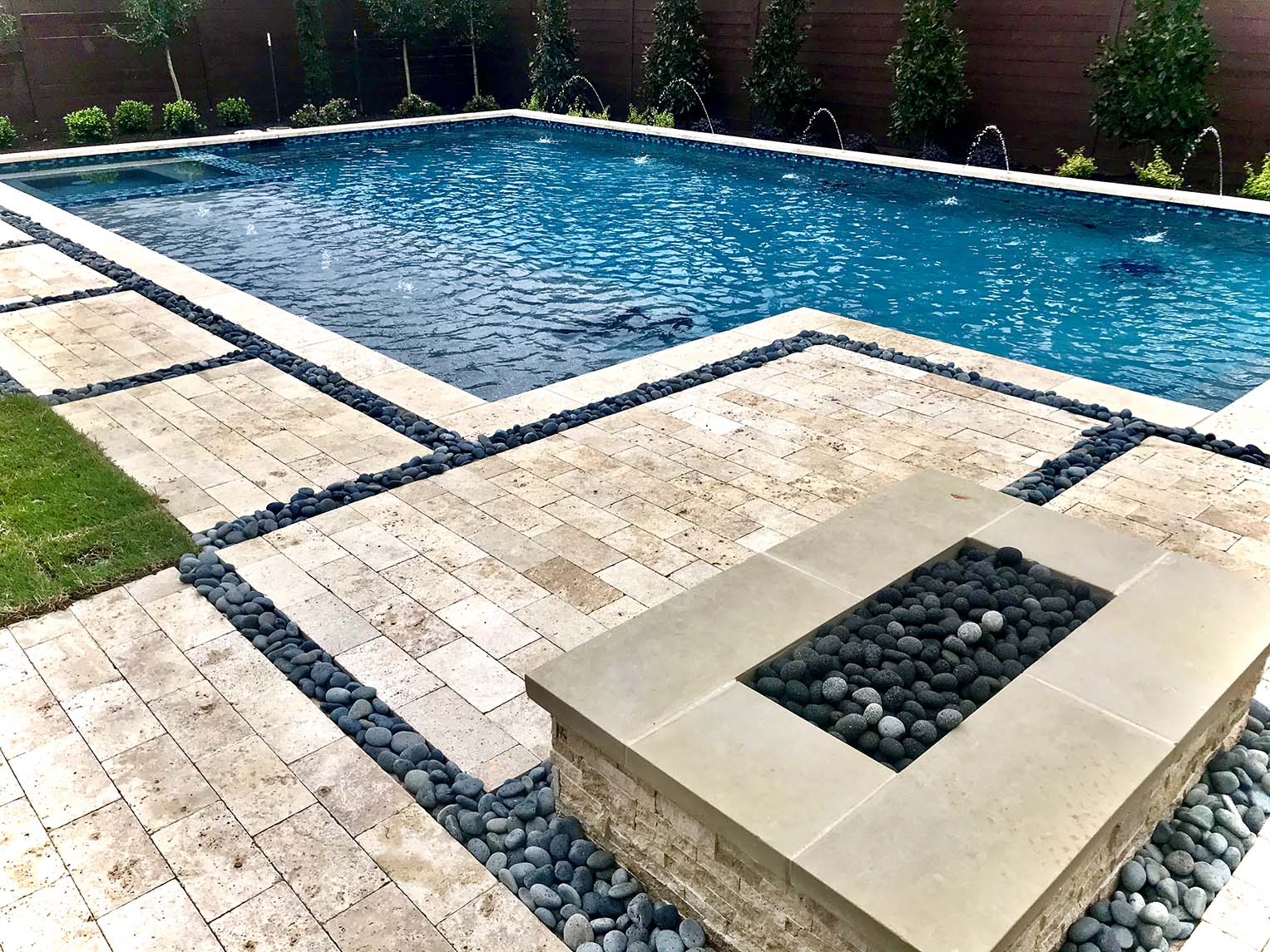 Geometric pool with fire pit